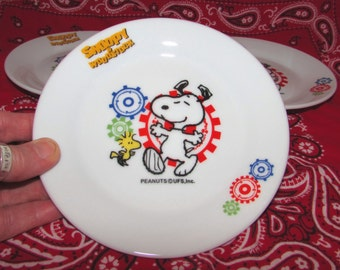 Four Vintage Snoopy and Woodstock China Dessert Plates, 80s, Peanuts characters, UFS, tableware, dishes