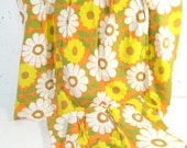 """Vintage curtains, 1960s curtain panels, cafe curtains, kitchen curtains, yellow daisy, flower power, 22"""" long"""