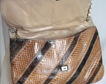 Vintage VARON Snakeskin Purse Chain Handle / CHEVRON Reptile Python / Envelope Clutch or Shoulder Bag Brown / Medium size 1980s
