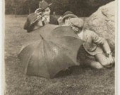 vintage photo 1920 Couples Fooling Around Behind Big umbrella snapshot photo
