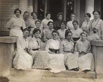 Vintage photo 1913 All Women Summer Cotton Dresses Sit Porch Steps RPPC
