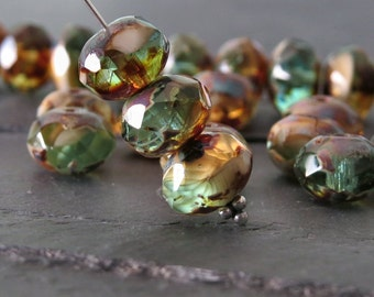 Wintergreen Cream Czech Glass Picasso Bead Faceted 8x6mm Rondelle : 12 pc Green Rondelle