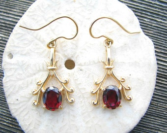 Lovely Vintage 14K Gold Garnet Earrings, Elegant Scrolling Design, Dangle Style Earrings, Substantial and Well Made