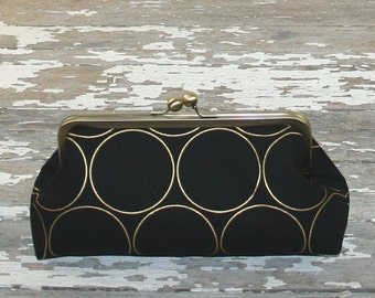Personalized Gift For Women // Girlfriend Gift// Bridesmaid Gift//Gold Black Clutch Purse
