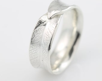 Narrow Overlapping Bodhi Leaf Ring, Leaf Ring, silver ring, recycled silver, recycled metal