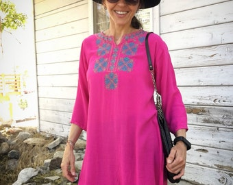 Vintage 90s blouse,tunic,SALE,magenta,blue, embroidery,boho,rayon,pretty,folk,ethnic,hippy
