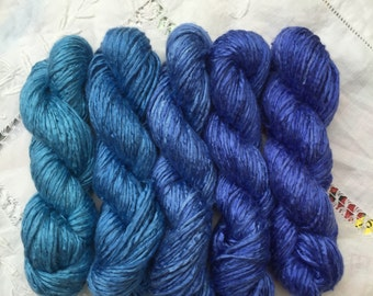 Mini skeins - Blue to Lilac transition