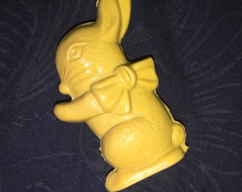 Vintage Bunny Rattler