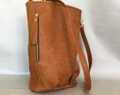 Genuine leather bucket bag - cognac brown