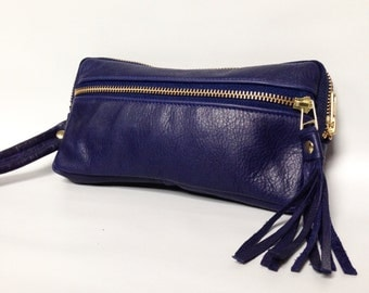 Leather wristlet wallet in deep blue cow hide // gold tone hardware