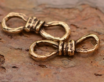 Artisan Figure 8 Links in Gold Bronze, FN-249-b