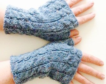 Fingerless mittens // fingerless gloves // Noro kureyon (sale)