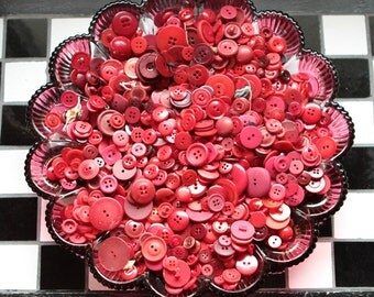 Buttons - Supplies - 100 Red Buttons, Red Vintage Button Lot, craft buttons