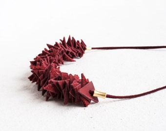 Leather Necklace / Cranberry Red Pieces Necklace / Red Necklace / Statement Necklace / Boho Necklace /