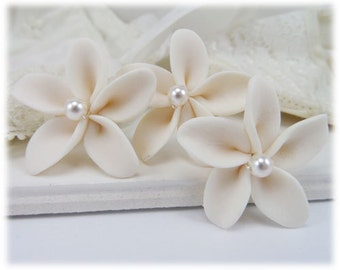 White Plumeria Pearl Hair Pins - Plumeria Wedding Hair Flowers, Tropical Flower Bridal Hair Accessories