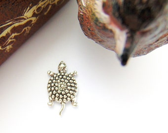 ANTIQUE SILVER * (6 Pieces) Art Deco Small Turtle Stamping ~ Jewelry Findings (CA-3044)