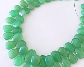 Chrysoprase colored chalcedony flat drops