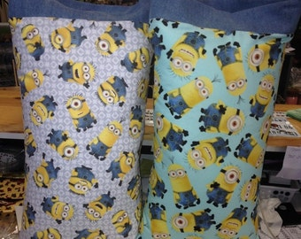MINIONS   2 to Choose from Kids / Travel Pillowcase