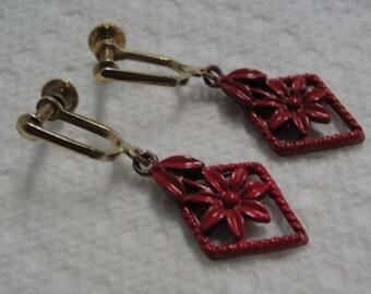 Diamond Shape Flower Screw Earrings