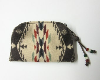 Beaded Zippered Pouch Coin Purse Change Purse Accessory Organizer Wool Spirit of the People