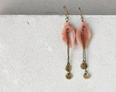 Long leaf earrings with peach pink aventurine gemstones and gold brass, fall jewelry, boho chic earrings