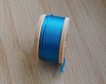 Vintage Pure Silk Buttonhole Twist Thread Spool 10 yards Size D Aqua