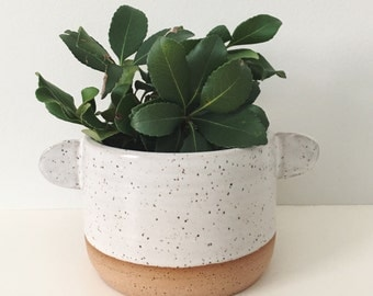White Mountain Planter small speckled planter by TheLuluBird