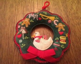 Vintage 1984 Schmidt Gordon Fraser Velvet Wreath Ornament