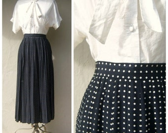 90s pleated maxi skirt / black white diamond polka dots / flowing rayon / Ann Taylor / xs 2