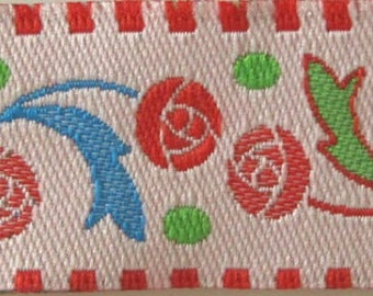 8ft+ BALL ROSES  Jacquard trim. Red, pink, green, turquoise on rosy white. 6/8 inch wide. R79