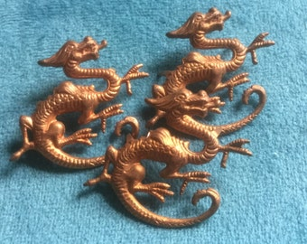 Vintage Brass Dragon Scrapbooking Jewelry Design Finding (1)(28x36mm)