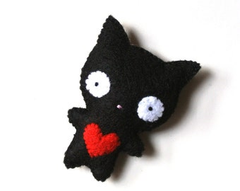 Black Cat Felt Brooch Cat Felt Pin Black Red Heart Ugly Cute Handmade Stuffed Animal Funny Felt Cat Fashion Accessory Holiday Gift for Her