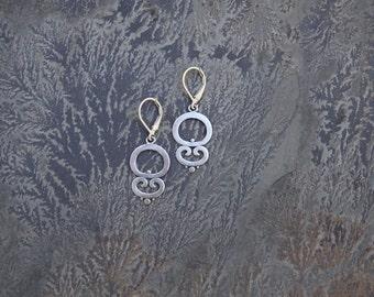 Simple Swirl Earrings