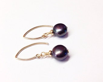 Dark blue pearl earrings - purple - fresh water pearls - Pearl jewelry - 1st - 3rd - 12th - 30th - anniversary gift - pearl anniversary gift