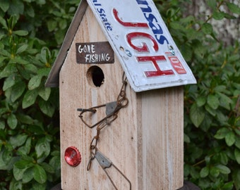 Rustic Birdhouse - Fishing Birdhouse - Primitive Birdhouse - Recycled Birdhouse - License Plate Birdhouse