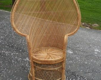 Lovely Vintage Fan/Princess Chair
