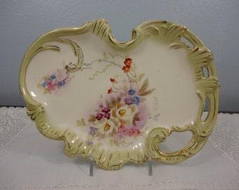 Antique Royal BONN Bon Bon Plate by Franz Anton Mehlem - Rococco Style - 1870 to 1920 - Hand Painted Florals