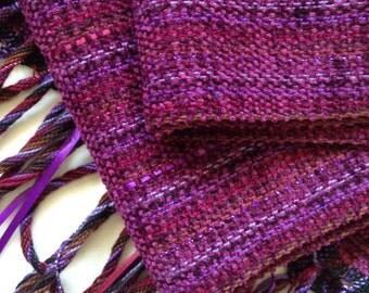 handwoven wrap/scarf in bordeaux burgundy