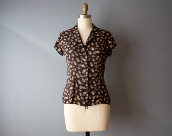 vintage silk blouse / tapered silk blouse / brown patterned shirt / S