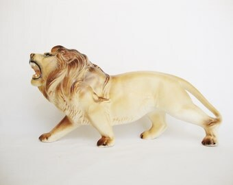 vintage pottery large lion figurine made in japan