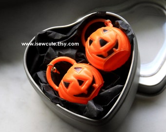 Halloween Earrings, Halloween Pumpkin Earrings, Vintage Mini Trick or Treat Container Pumpkin Earrings, Pumpkin Dangle Earrings by isewcute