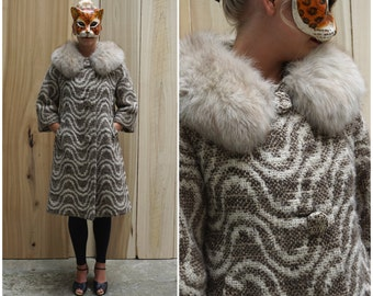 Amazing Vintage 60's Wool Swing Coat with Oversized Fox Fur Collar Made in France | Medium/Large