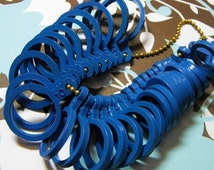 Valentines Day Sale One New Plastic Multiple Ring Sizer in US Standard Sizes Great for Jewelry Salesman