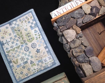 Embroidered Miniature quilt country dollhouse scale