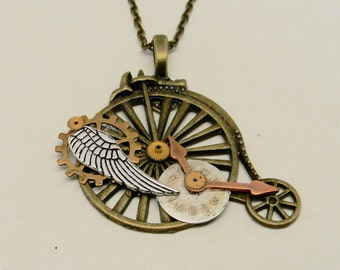 Steampunk  jewelry pendant necklace. Steampunk jewelry.