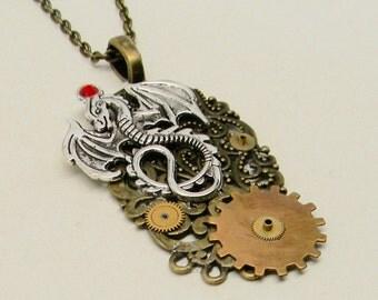 Steampunk   pendant nacklace. Steampunk jewelry.