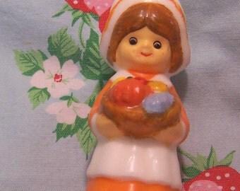 little pilgrim girl candle