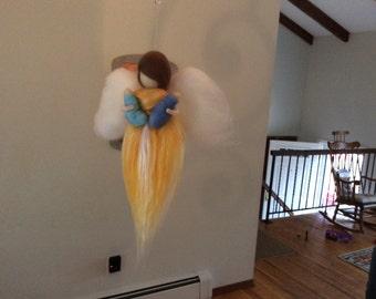 Wool angel with twin babies