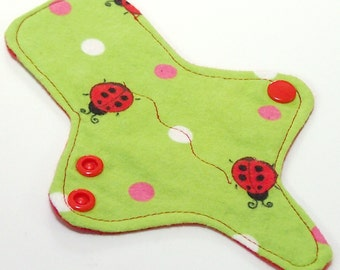 ULTRATHIN Reusable Thongliner Cotton Flannel Mini Pad with wings for Every Day - Washable Cotton Flannel - Green Ladybug
