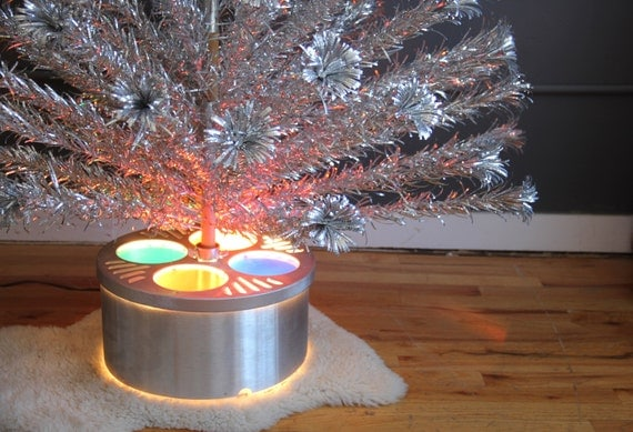 Vintage Aluminum Christmas Tree W/ Light Up Base. Stainless